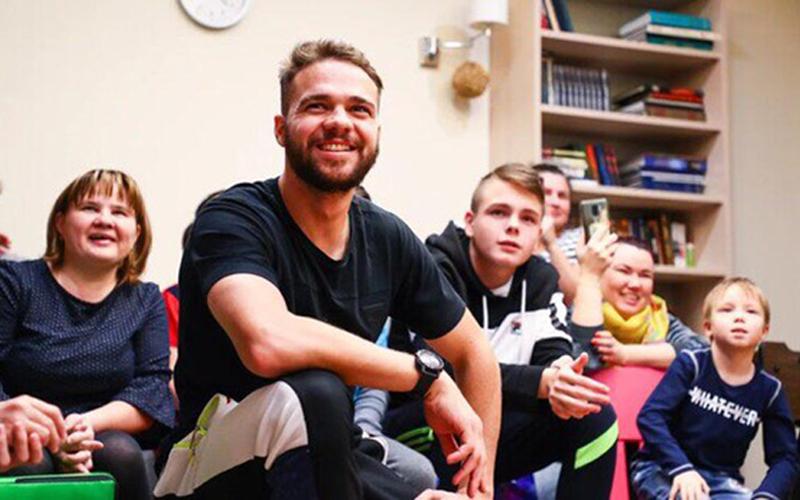 Игроки ФК «Рубин» посетили  «Дом Роналда Макдоналда» в Казани