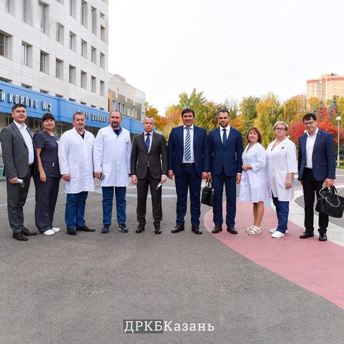 ДРКБ посетили руководители Новосибирской области